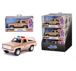 253252006 STRANGER THINGS HOPPER'S 1:32